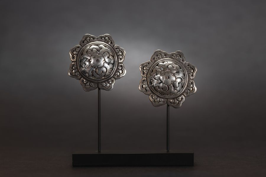 pair silver buttons
